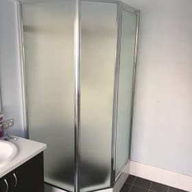 bathroom shower glass replacement